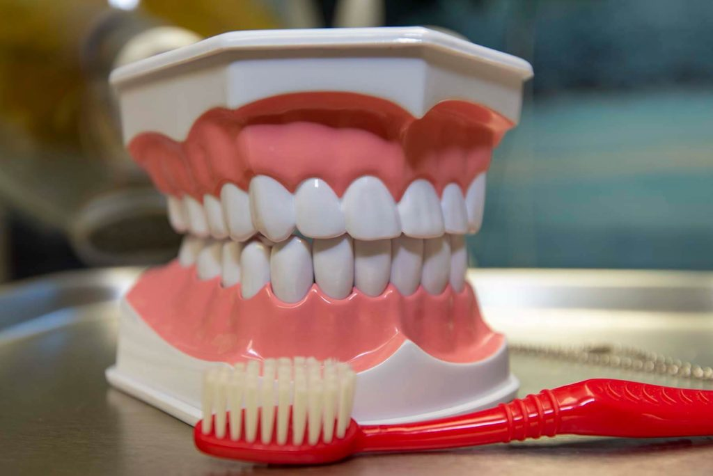 Learn how to achieve and maintain good oral health